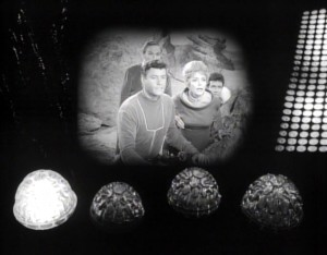lost-in-space-invaders-from-the-fifth-dimension