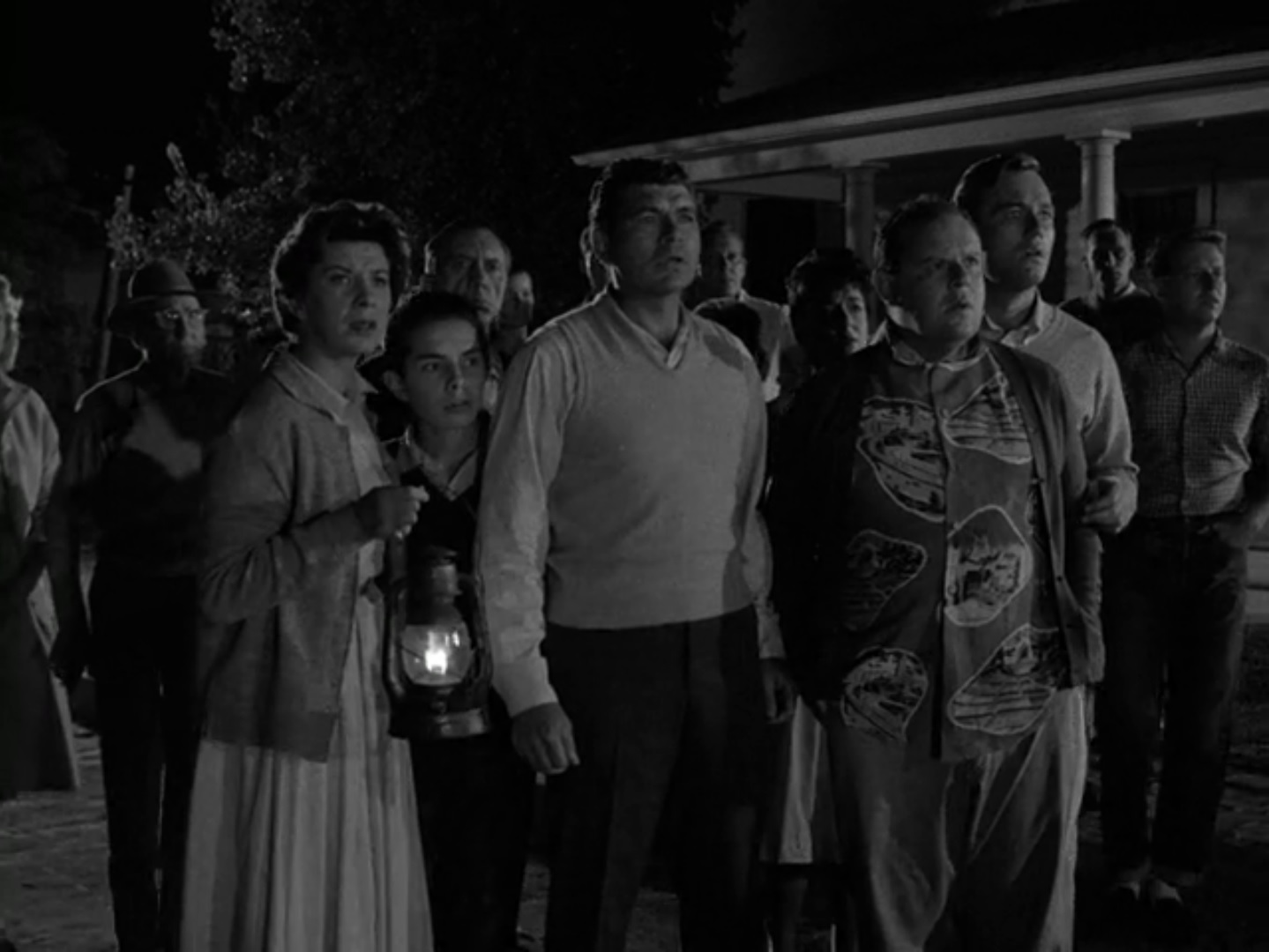 The Twilight Zone Episode 22 The Monsters Are Due On Maple Street Midnite Reviews