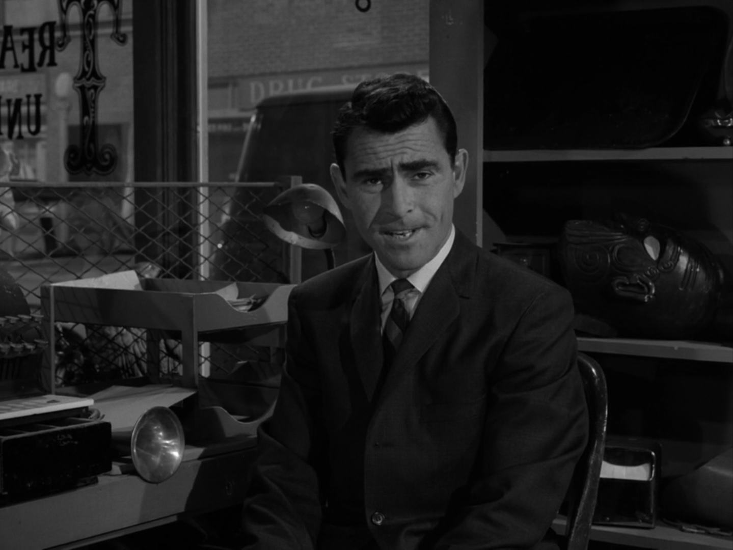The Twilight Zone Episode 87 A Piano In The House Midnite Reviews